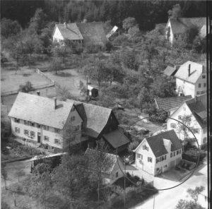 Luftbild 1958, Haus Nr. 63 im Kreis