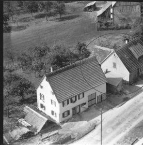 Luftbild 1958, Haus Nr. 66 im Kreis