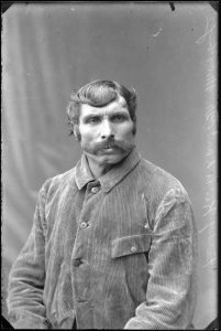Friedrich Nam 1882 in Untermusbach geboren
